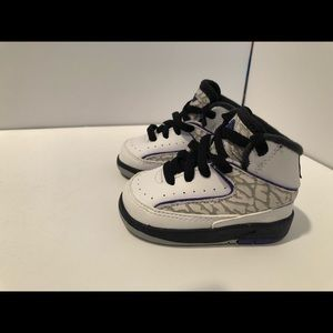 Nike Air Jordan 2 Toddler Size 2C